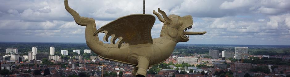 Dronemodel van de draak van het Gentse Belfort